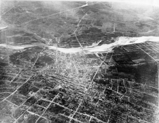 Los Angeles from a balloon, 1887. Courtesy of the Photo Collection - Los Angeles Public Library.